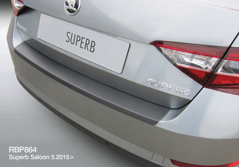 RBP864 - SUPERB 4DR SALOON 6.2015>